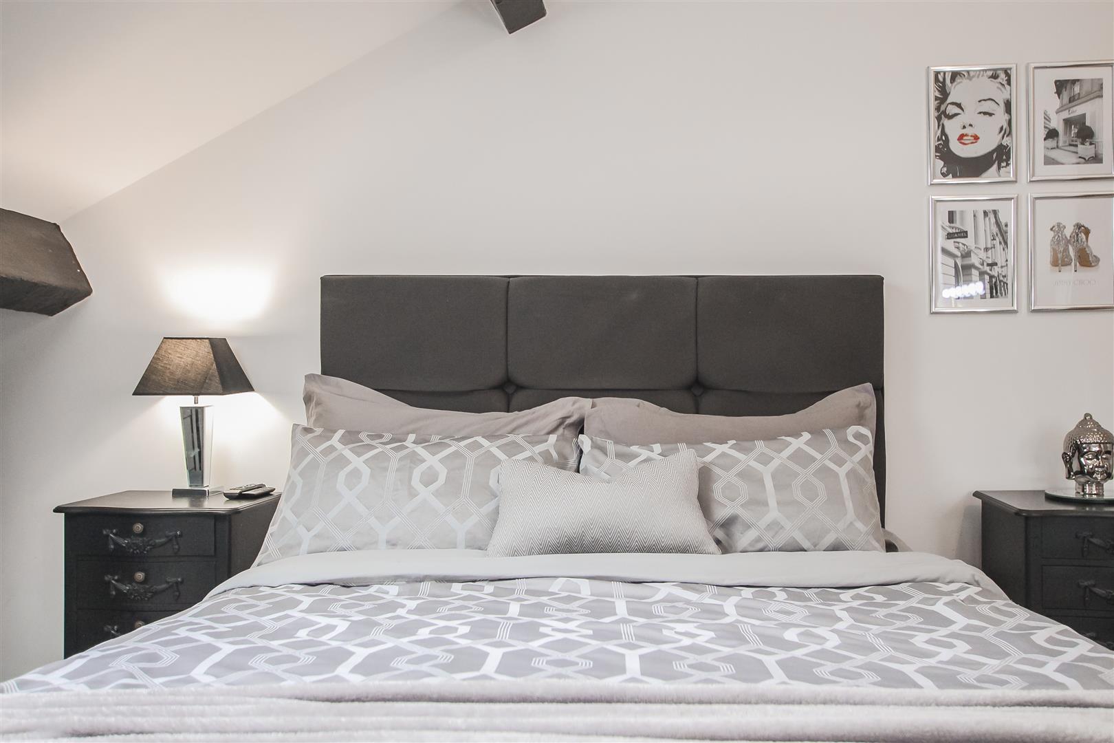 3 Bedroom Duplex Apartment For Sale - Image 40